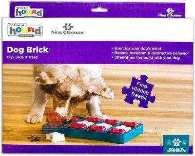DOG BRICK PLAST