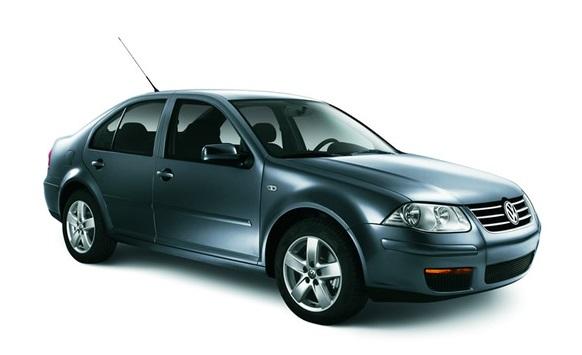 Precut window tint film for Volkswagen Bora sedan.