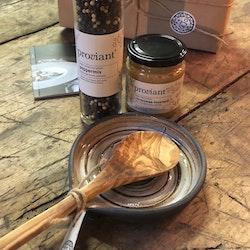Slevfat med träslev pepparmix & julsenap