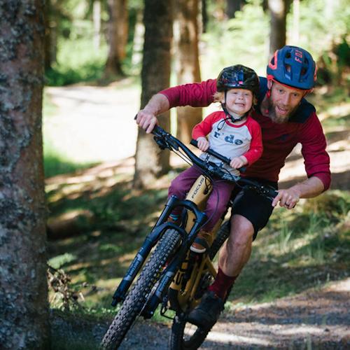 Cykelsadel och styre för barn