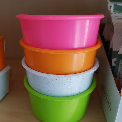 Akitaskål 330 ml Mixade färger
