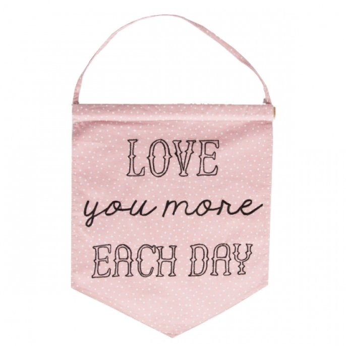 Vimpel 'Love You More Each Day'