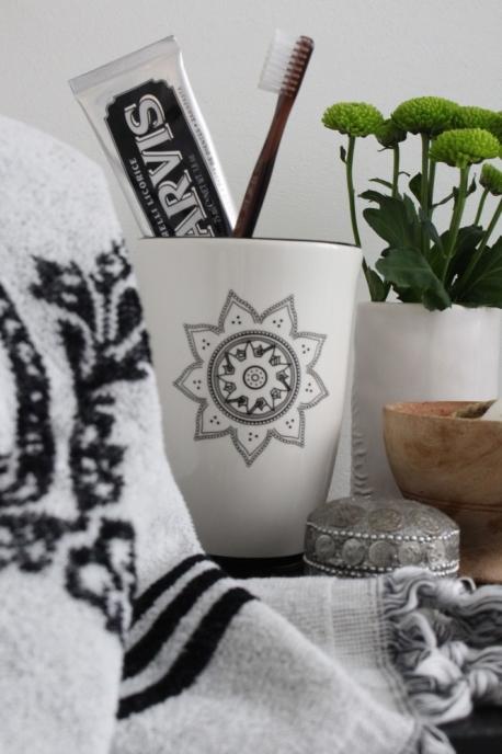 Skovbon Kruka / Mugg Mandala Ljus