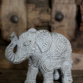 Majas Elephant stor