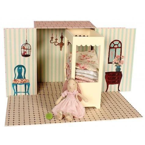 Maileg - Dockhus med Säng och Maileg kanin prinsessan
