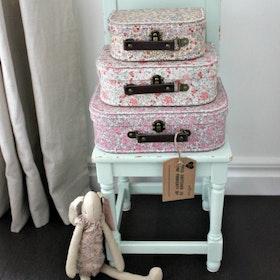 Sass & Belle - Vintage Floral resväskor i set om 3.