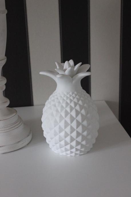 Sass & Belle - Led Lampa Barnrum