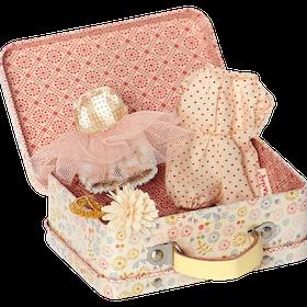 Maileg - Resväska med 2-set kläder