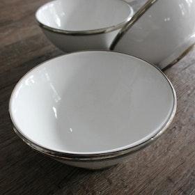 Salladsskål vit med silverkant Ø18
