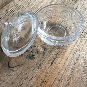 Glas skål med lock