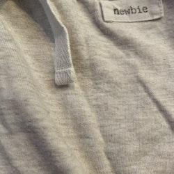 Ljusgrå byxor från Newbie stl 50