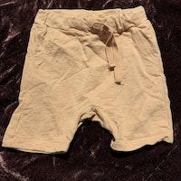 Rosa shorts från Lindex stl 62