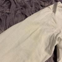 Vit body och byxa med körsbärs och texttryck från HM stl 68