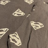 Grått Stålmannen pyjamas set från HM stl 68