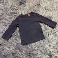 Mörklila tröja från DP... stl 68