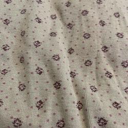 Beige/brun/grön/grå? body med prickar och smått blommönster från Newbie stl 56