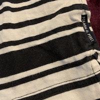 Ljusljus grå och svart randig piké från PoP stl 98
