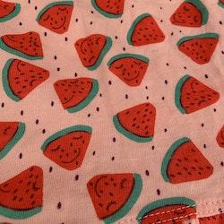 Ljusrosa ärmlös klänning med vattenmelon mönster från Lupilu stl 62/68