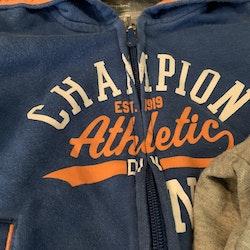 Grått, orange och blått collegeset från Champion stl 80