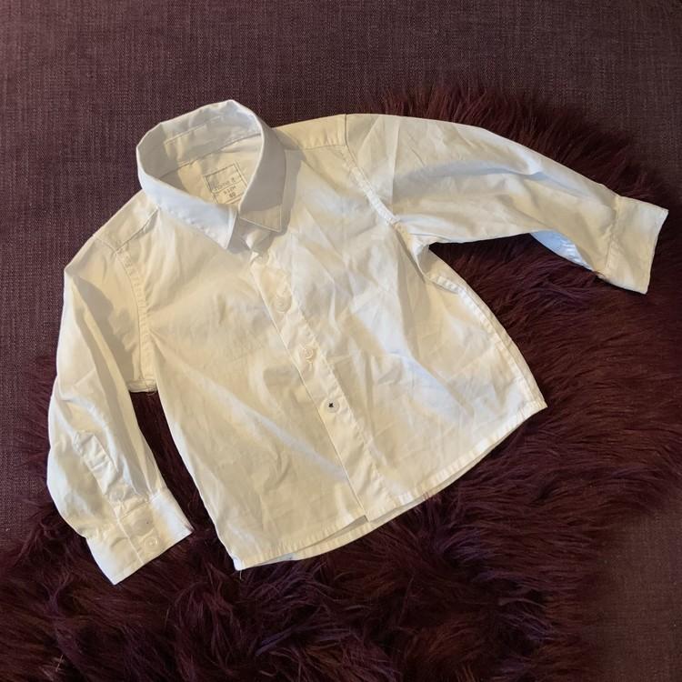 Vit skjorta från Name it stl 80