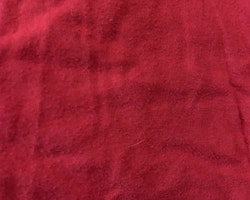 Röd t-shirt med Angry bird tryck från Angry Birds stl 110/116