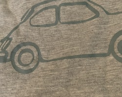 Gråmelerad t-shirt med petrolfärgad bil från Pomp de Lux stl 74