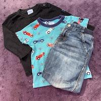 3 delat paket med turkos t-shirt med bilar, svart tröja och ett par jeans från PoP stl 80 + 86