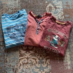 3 delat tröjpaket i blått, vitt och rött stl 98/104