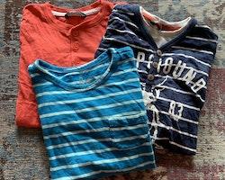 3 delat tröjpaket i blått, vitt och rött från Lindex och Åhlens stl 104 + 98/104