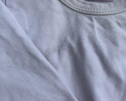 3 delat paket med vita bodies från Lindex stl 56
