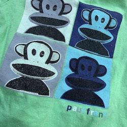 4 delat grönt paket med två kortärmade bodies, ett par byxor och en varm och fluffig tröja/jacka stl 56