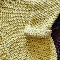Stickad gul kofta från Lindex stl 68