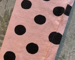 Ljusrosa leggings med svarta prickar från Åhléns stl 86/92