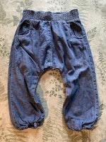 Denimfärgade byxor från Lindex stl 86