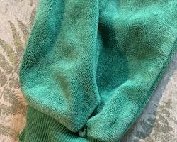 Ett par gröna mjukisbyxor från Lindex stl 92