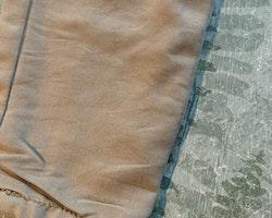 Beigea/gula/gröna byxor från Zara stl 92