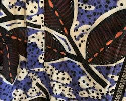 Mönstrad tröja med dragkedja i svart, vitt, blått, orange och vinrött från Lindex stl 86
