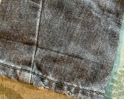 Svarta blekta jeans från Lindex stl 92