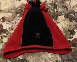 Röd och mörkblå vintermössa i fleece från PoP stl 52/54