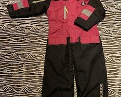Rosa och svart vinteroverall från Cool Kidz stl 100