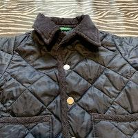 Mörkblå lättfodrad quiltad jacka från Benetton stl 74-80