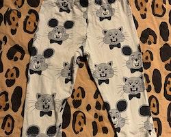 Gråvita leggings med katter och möss i grått från Mini Rodini stl 68/74