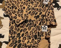 Leopardmönstrat set från Mini Rodini stl 68/74