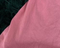 Rosa ärmlös klänning med glittriga undulater, blommor och fjärilar från HM stl 86/92