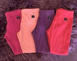 4 delat leggings paket i lila och rosa från PoP stl 98
