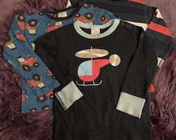 3 delat tröjpaket i blått, rött och vitt med ränder, traktorer och en helikopter från PoP stl 92