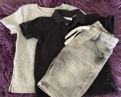 3 delat paket i grått och svart med en t-shirt, en piké och ett par denimshorts i stl 92