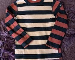 Randig tröja i två rosa nyanser och svart från PoP stl 98