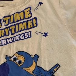 Ljusgul t-shirt med motiv från Planes / Super Wings från Kappahl stl 98/104