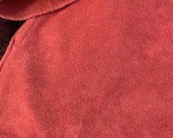 Mörkrosa frottéklänning med huva och fickor från Ralph Lauren stl 98